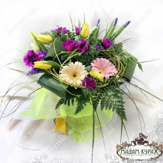 Букет из гербер с ирисами и анемонами, Цветы в Пскове, Цветы с доставкой в Пскове на 8 марта, в Пскове