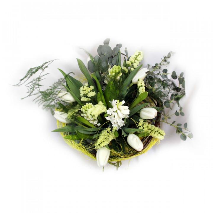 Нежный букет из тюльпанов и гиацинтов в Пскове