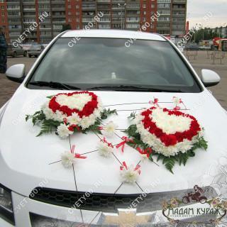 Оформление свадебной машины в ПсковеПсков