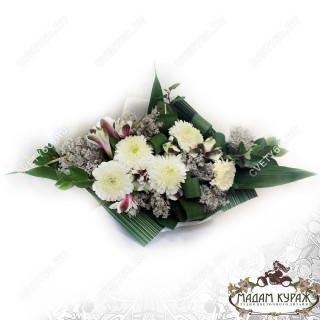 Букет с хризантемами в Пскове