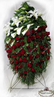 Венок для возложения из живых цветов ьв Пскове