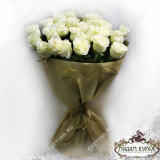 Букет из белых роз с доставкойПсков