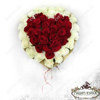 Букет из роз в форме сердца в Пскове Псков