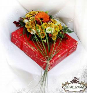 Цветочное оформление подаркаПсков