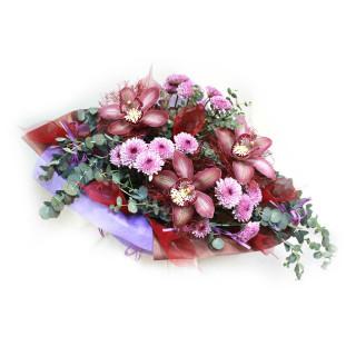 Букет из орхидей и хризантем в Пскове с доставкой