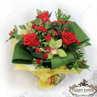 Красные розы в Пскове