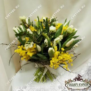 Букет из тюльпанов и мимозы к 8 мартаПсков