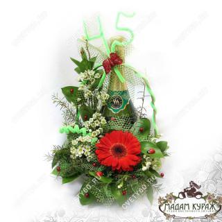 Оформление подарка  цветами с доставкой в Пскове