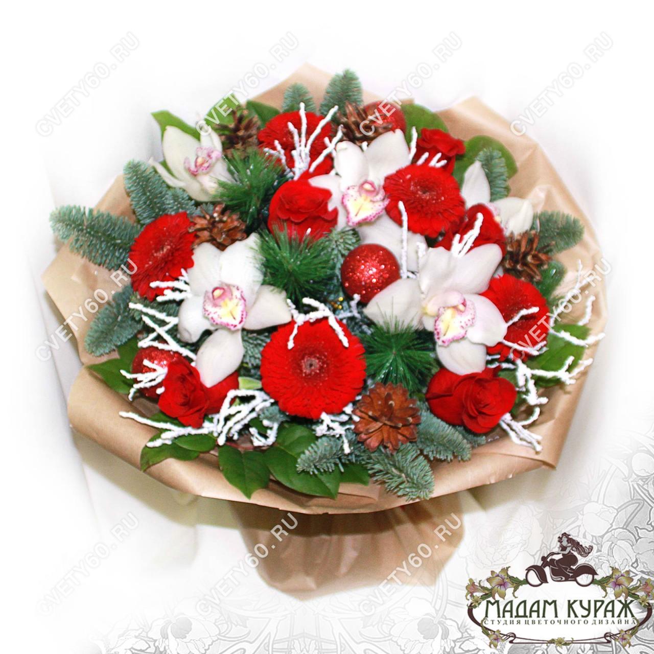 Новогоднее поздравление цветами в Пскове
