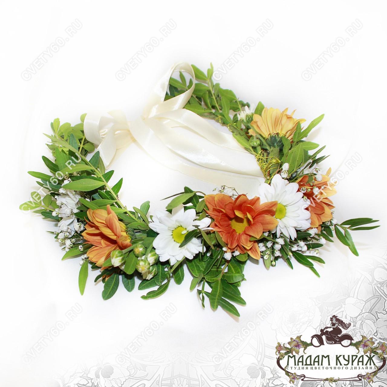 Украшение из цветов в виде венка для невесты в Пскове