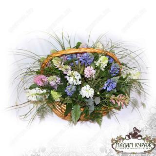 Цветочная композиция к 8 марта в Пскове