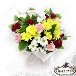 Букет с розами и хризантемами в Пскове