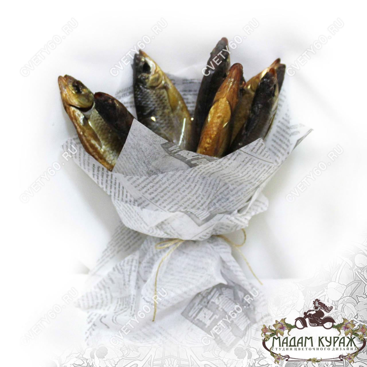 Букет из вяленой рыбы для мужчины с доставкой в Пскове