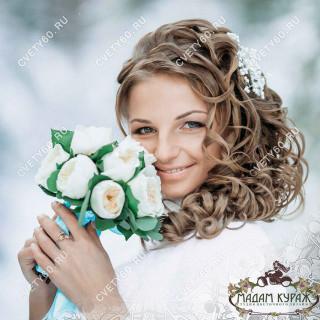 Белоснежный свадебный букет в Пскове