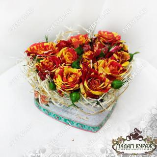 Цветочное сердечко композиции из цветов на 14 февраляПсков