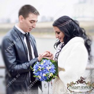 Букет невесты из гортензии в Пскове