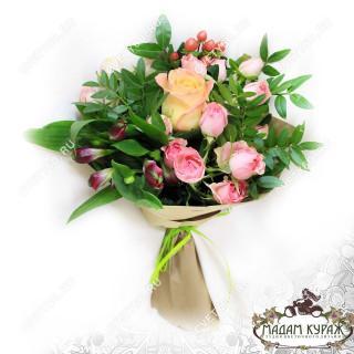 Небольшой букет цветов заказать в интернет-магазинеПсков