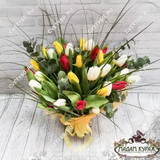 Букеты тюльпанов на 8 мартаПсков