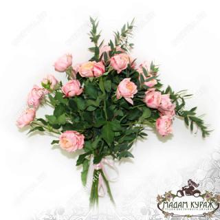 Заказать  розы в ПсковеПсков