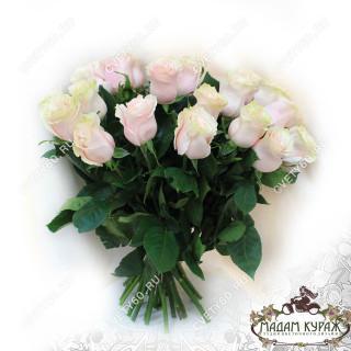 Букет из 25 чайных роз в ПсковеПсков