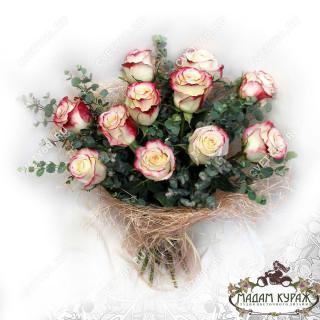 Букет из роз с доставкойПсков