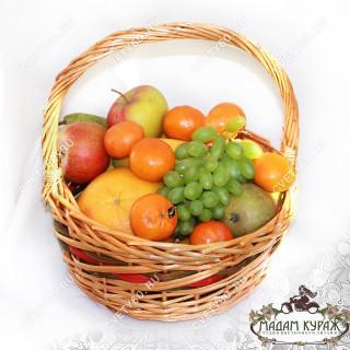 Корзина фруктов с доставкой в ПсковеПсков