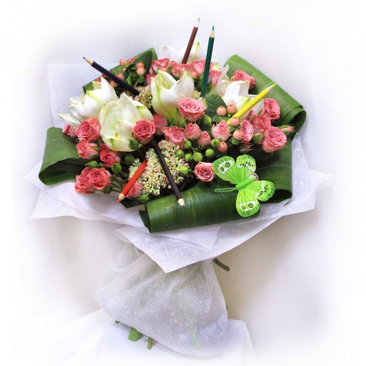 Букет с амариллисом и розами  в Пскове