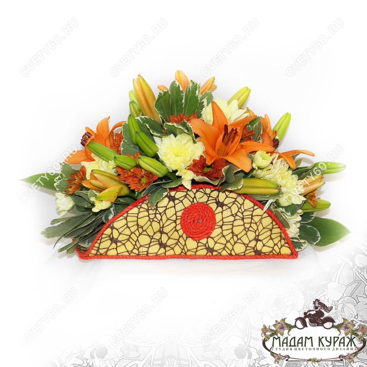 Оригинальная композиция из лилий в Пскове